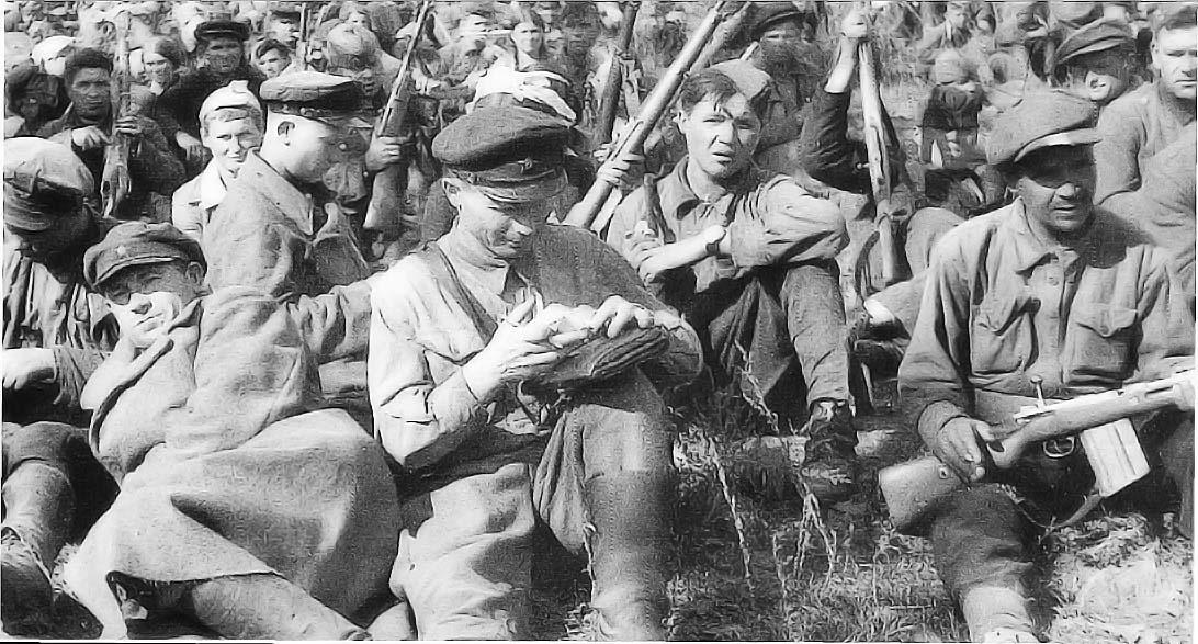 soldats soviétiques Soldatspartisans