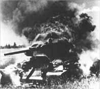 Char T-34 en flammes