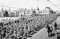 Prisonniers allemands durant le trajet vers les camps