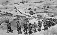 Les soldats alliés pénètrent en Normandie