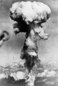 première bombe atomique Hiroshima