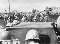 Les Marines débarquent à Iwo Jima